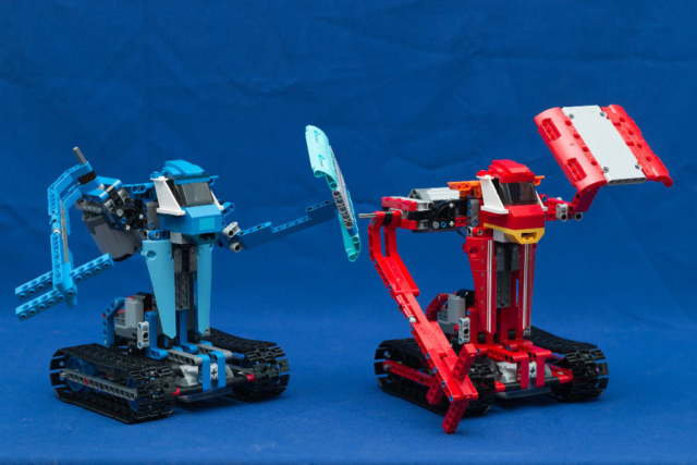 Наши новые роботы